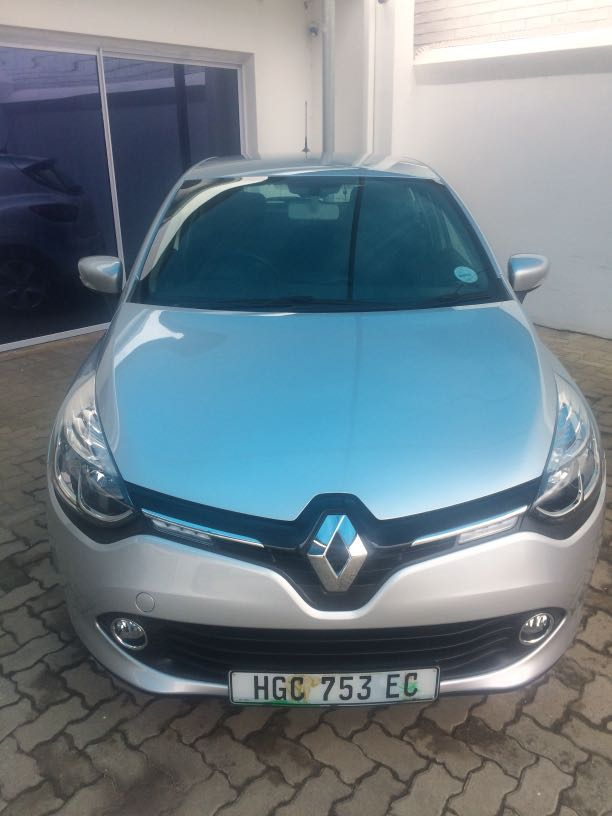 Renault Clio Iv 900 T Expression 5dr (66kw) '13 - Current