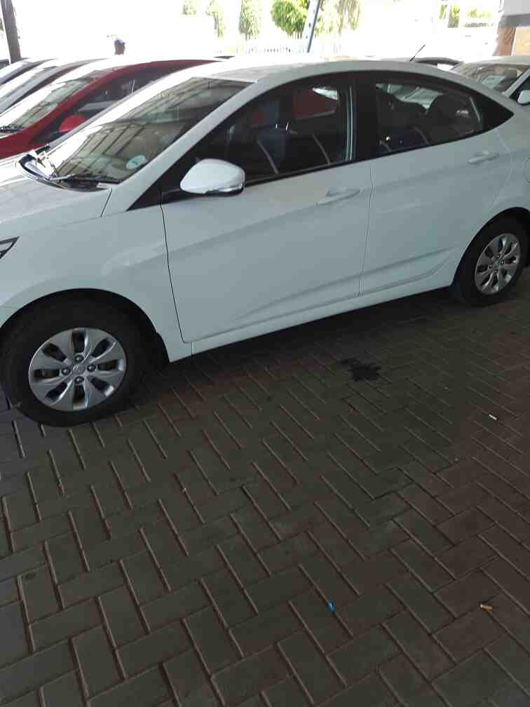 Hyundai Accent 1.6 Gls/fluid A/t '11 - Current