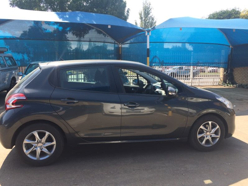 Peugeot 208 1.2 Vti  Active 5dr '12 - Current