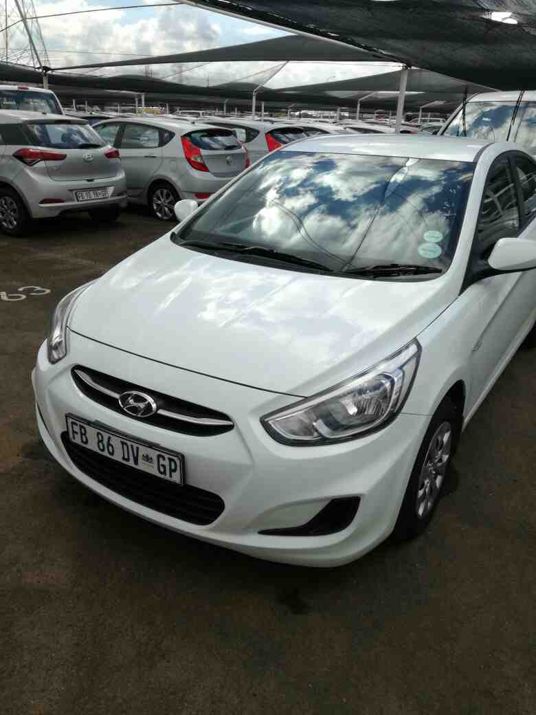 Hyundai Accent 1.6 Gl/motion '11 - Current